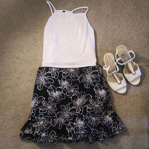 White House Black Market Floral Skirt, Size 6